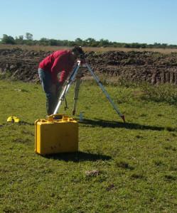 Relevamiento topográfico, a cargo del ingeniero Domínguez, del ICAA