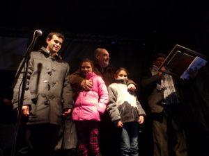 El gobernador Ricardo Colombi en la serenata a Santa Ana recibe placa de Huésped de Honor