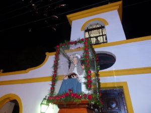 A la 00,00 hora tradicional saludo de Santa Ana a sus fieles