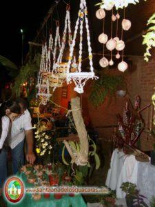 Artesanías, comidas típicas, manualidades, es la oferta de emprendedores en el Festival